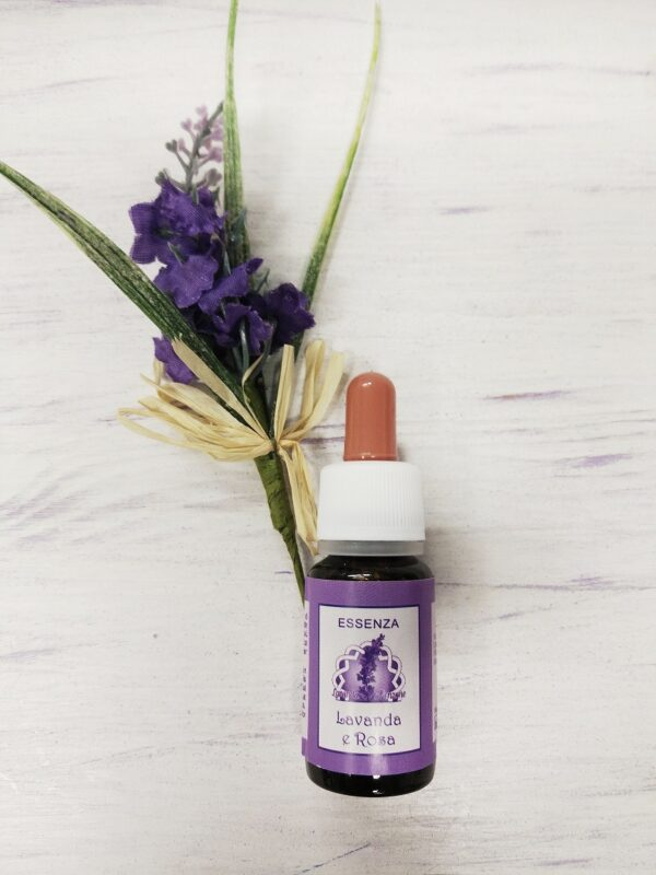 Lavender-and-Rose-essential-oil-fragrance