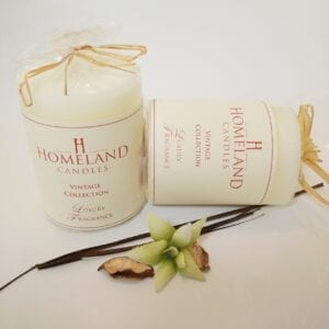 Soft-Almond-Sweet-Amber Aromatherapy Candle