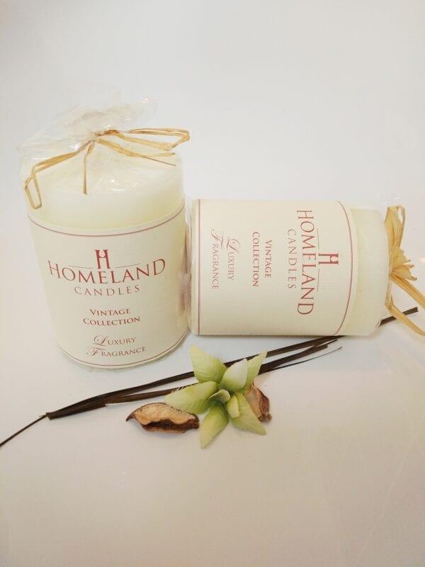 Soft-Almond-Sweet-Amber Aromatherapy Candle
